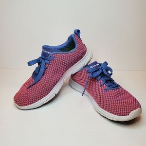 Champion Gusto Pink and Blue Womens Size 7.5 Shoes